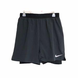 NIKE Dri-Fit men's running shorts compression med